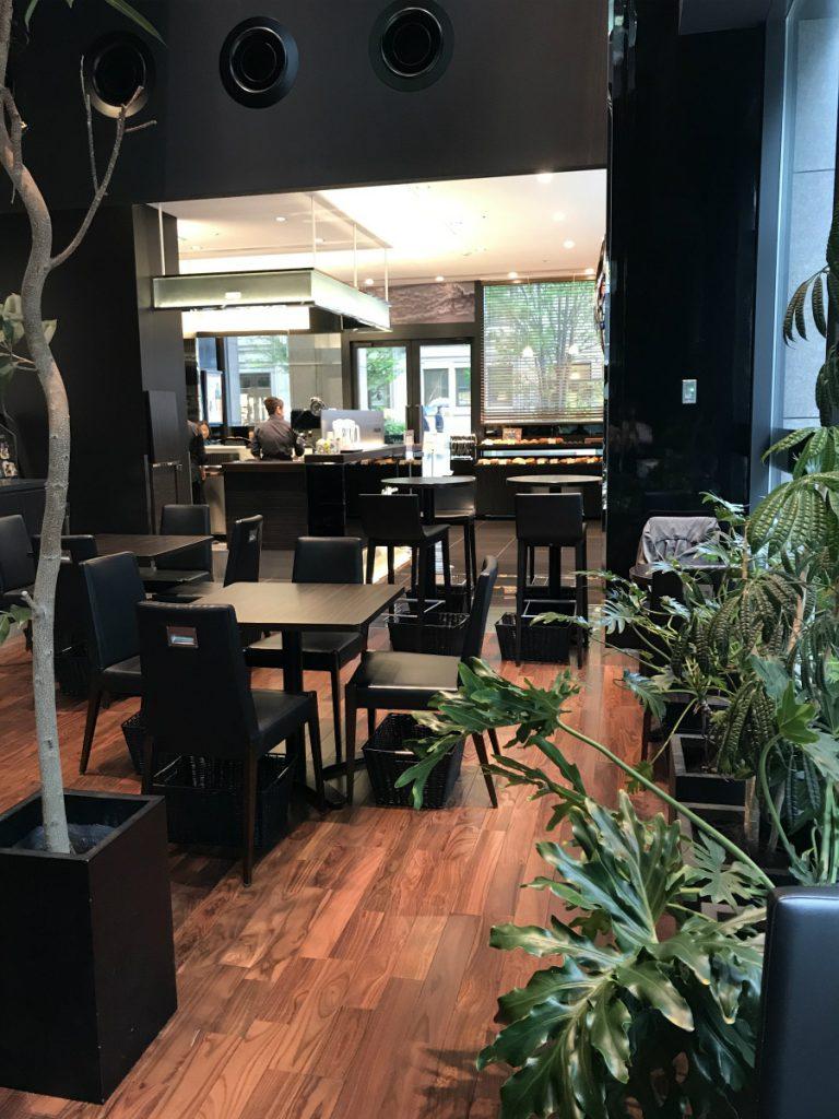 トシヨロイズカ東京のカフェスペース