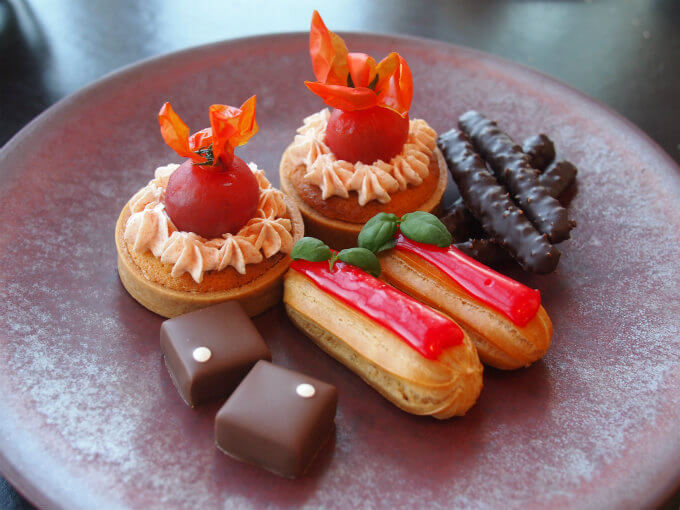 andaz tomato afternoontea sweets2