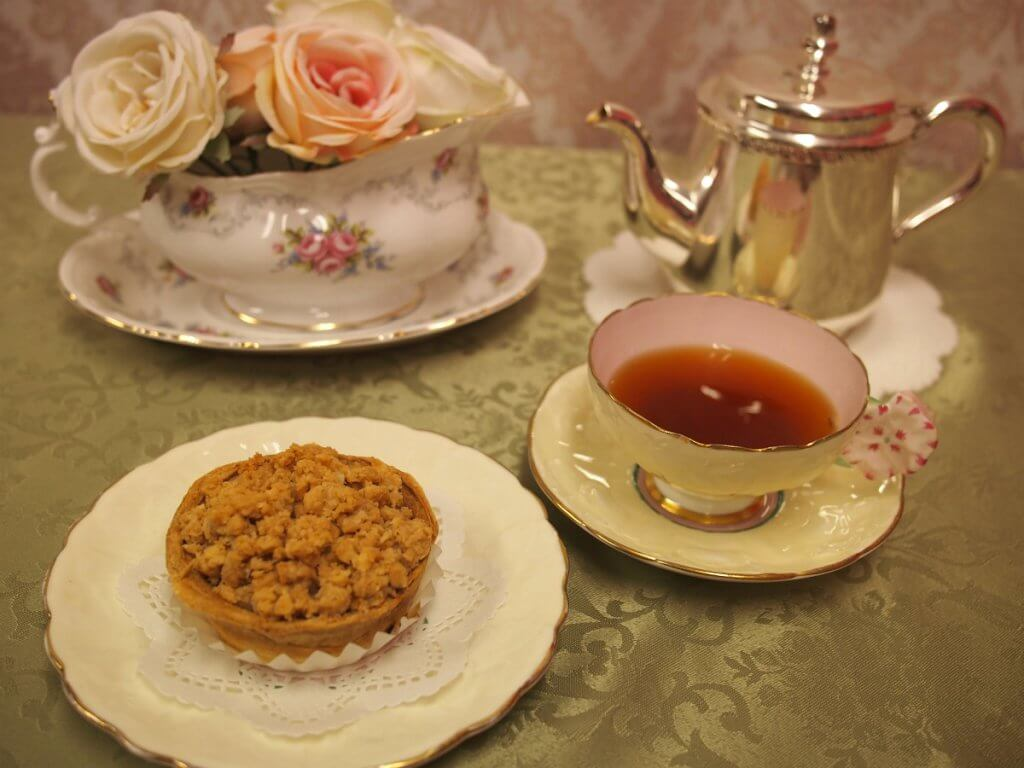 La Quiche(ラ キッシュ)のキッシュアップルパイと紅茶