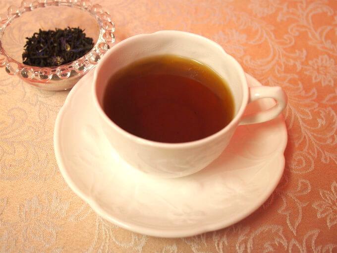 雲南紅茶をベースにしたアールグレイで、20年以上この紅茶を飲み続けているファンもいるパレデテで一番人気のアールグレイです。