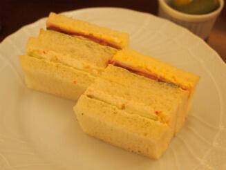 サンドウィッチは2種類。