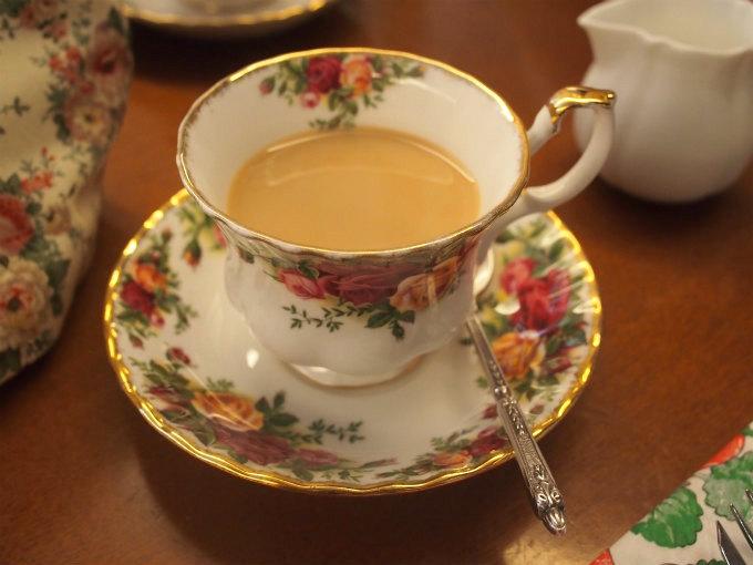 浜田山はストレートでもミルクティーにしても美味しい紅茶でした。