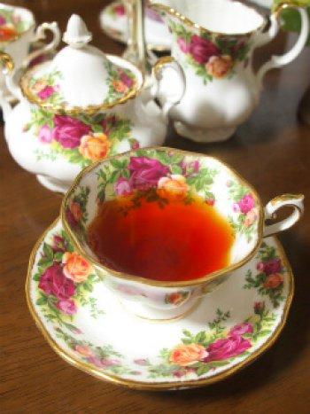 factoryshin Strawberrytiramisu tea1