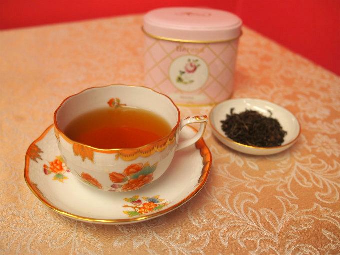 ブレンドダージリンは飲みやすいダージリンでした。渋みが少なく、ほんのりと甘い余韻が残る美味しい紅茶でした。