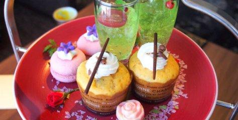 keioplaza_aurora_beautyandbeast afternoontea sweets1