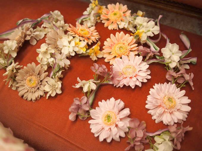 今回は3人でのパーティーだったので、花冠も3つ用意しました。