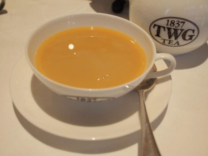 1837ブラックティーはミルクティーにしても美味しいです。