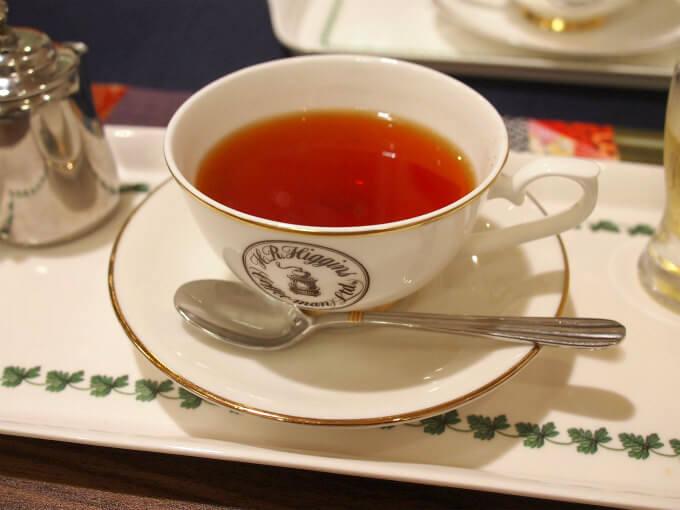 こちらは「メイフェア」アフタヌーンよりもコクのあるブレンドティー。ストレートにもミルクにも合う紅茶です。