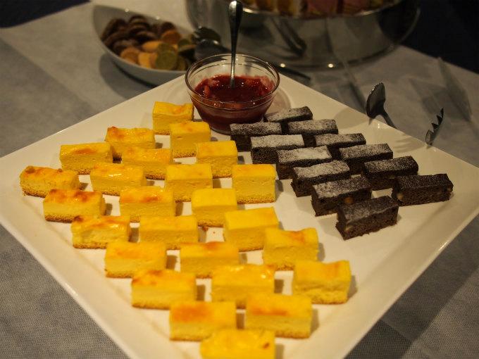 ガトーショコラとベイクドチーズケーキ