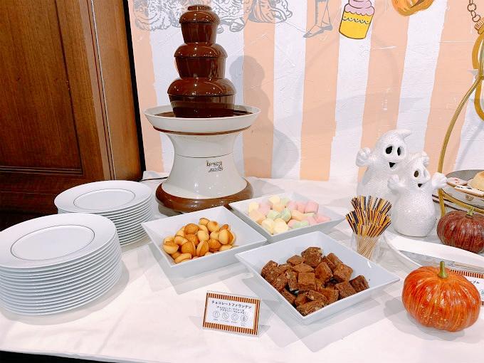 チョコレートファウンテン(マドレーヌ/ブラウニー/マシュマロ)