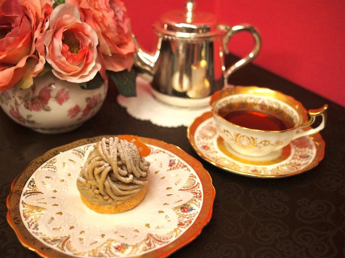 恵那川上屋のモンブラン「栗山」と紅茶