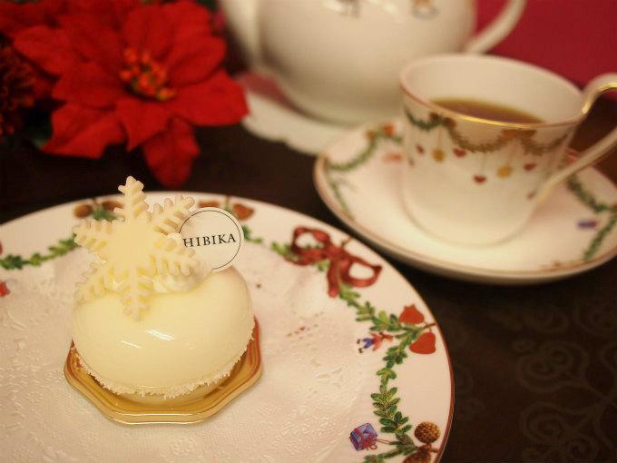 HIBIKA(ひびか)のレアチーズケーキ「淡雪」と紅茶