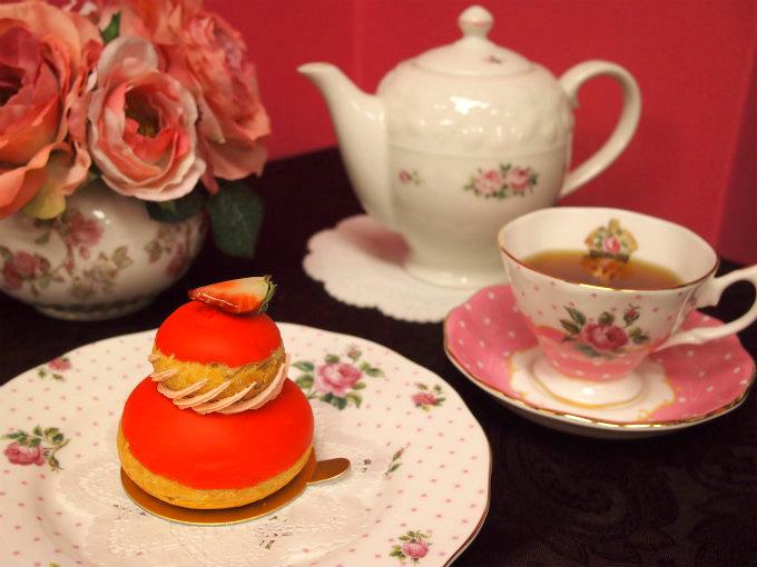 ラデュレの「ルリジューズフレーズ」と紅茶
