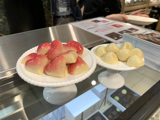 私が試食させていただいたのは「カシスバーベナ」と「マンゴー柚子」