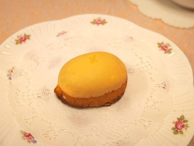 コロンとしたレモンのような可愛い形のしまなみレモンケーキ