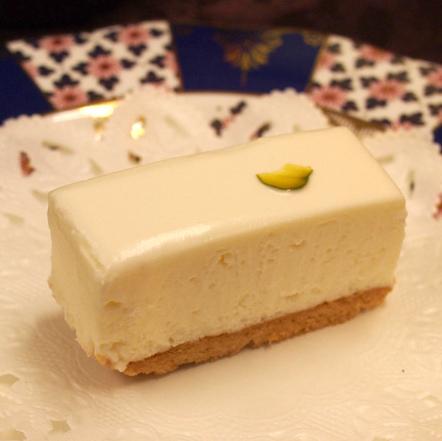 リアル写真のしろたえ「レアチーズケーキ」