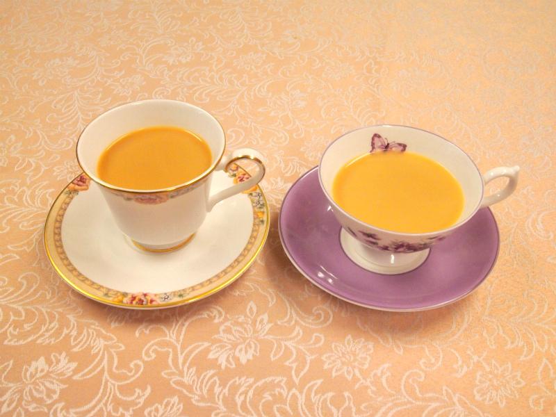 茶液の色がしっかりしているので、ミルクをいれても美味しそうな色になります。