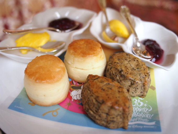 disneylandhotel 35th grand finale afternoontea scone