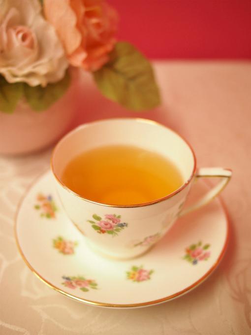 kitchoan sakuramochi tea1