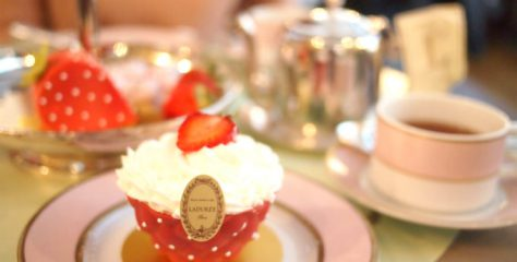 laduree 2019strawberry afternoontea