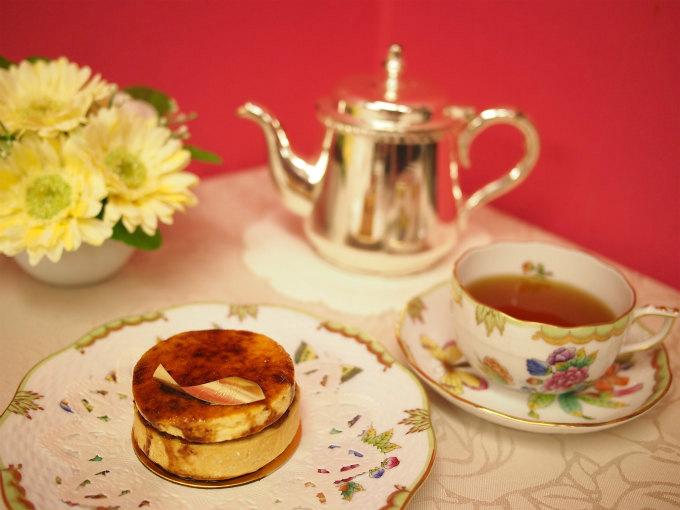 フォアグラのケーキと紅茶