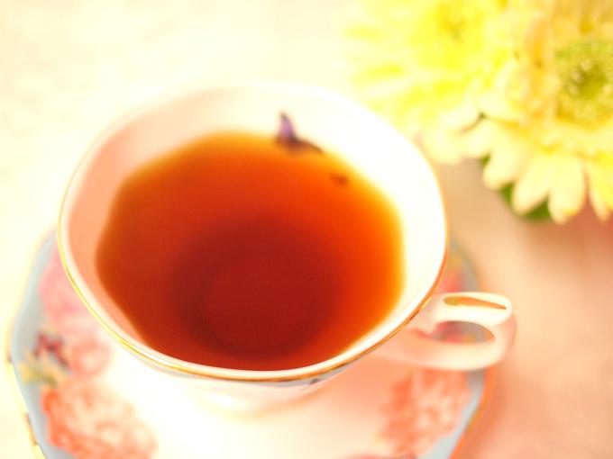 ニルギリの紅茶の色