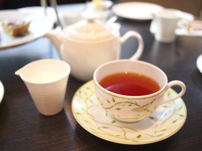 ginza tobu 2019strawberry afternoontea teaware1