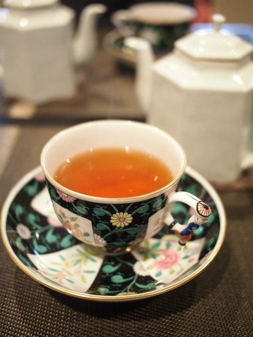 こちらは春摘みダージリン「タルボ茶園 ムーンライト」。マスカテルフレーバーと厚みのある口当たりで、とっても美味しいダージリンでした。