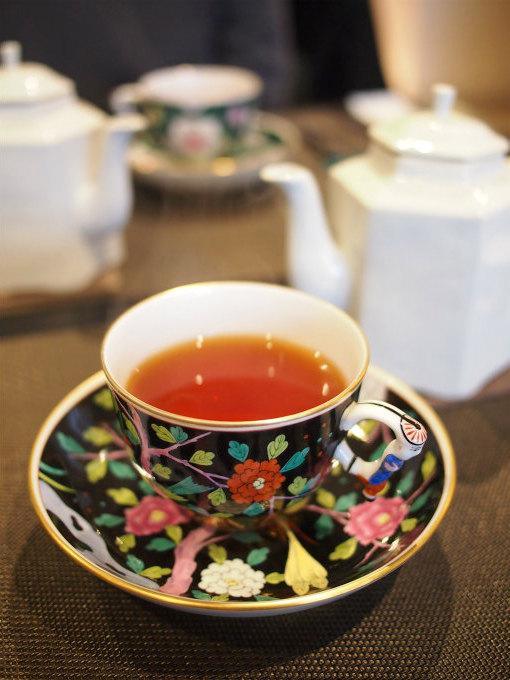 こちらは夏摘みアッサム「ハルマリ茶園」。甘く芳醇なモルティ―フレーバーが堪能でき、深みのある味わいのアッサムでした。