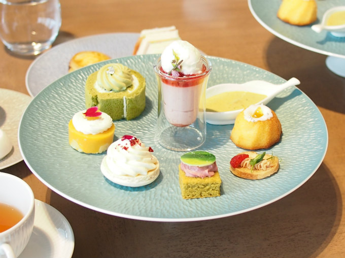rossini terrace afternoontea sweets