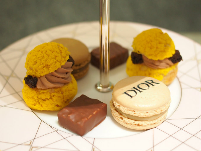 cafedior afternoontea middle sweets