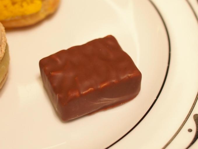ミルクチョコレートのボンボンショコラ