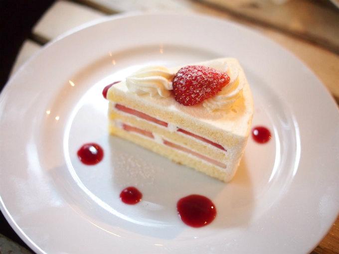 こちらはショートケーキ