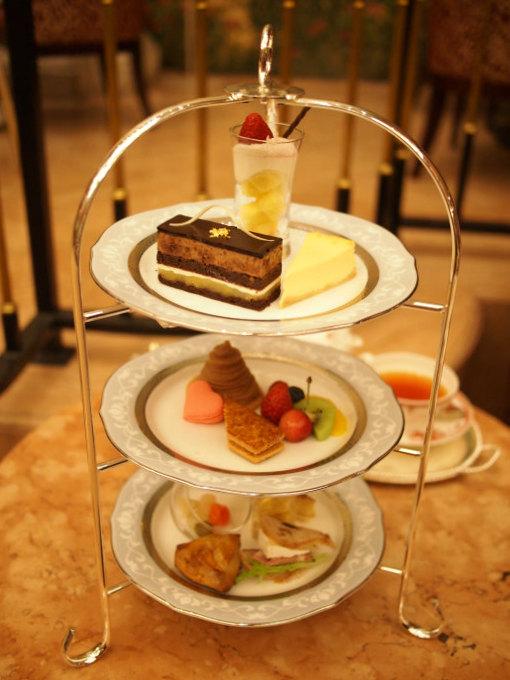 第一ホテル東京「ロビーラウンジ」の1人分のアフターヌーンティーセット