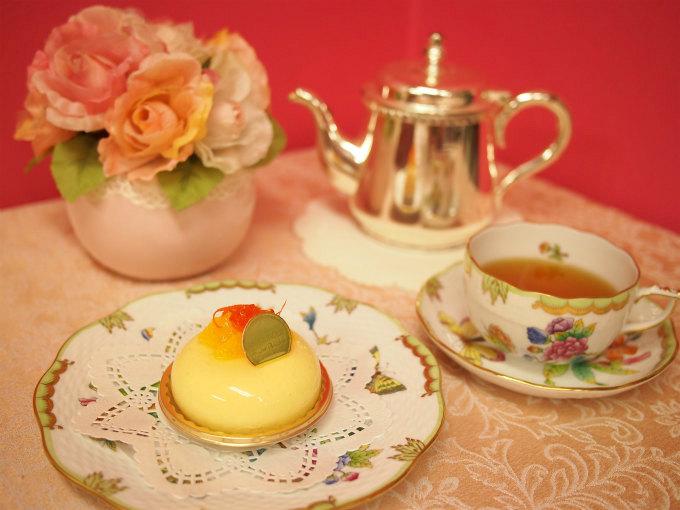 ロブションのオレンジのムース「オランジュ」と紅茶