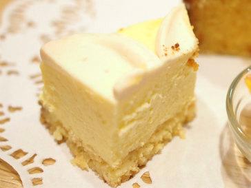 チーズケーキはグルテンフリー。でもコクがあってとっても美味しいです。
