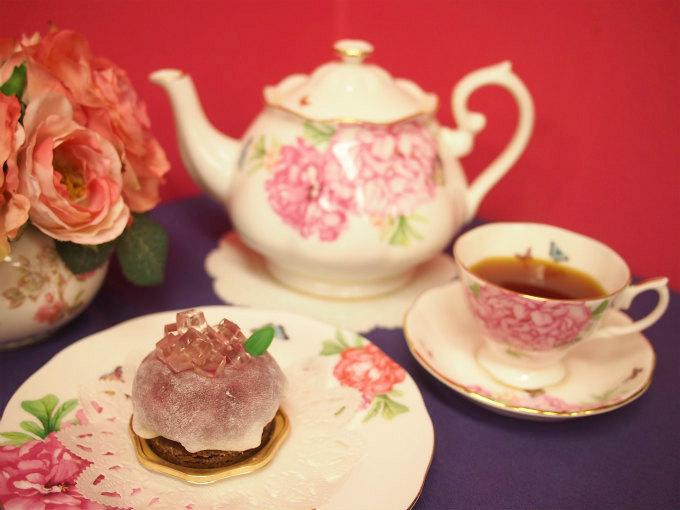 HIBIKA(ひびか)の夏のケーキ「紫陽花」と紅茶