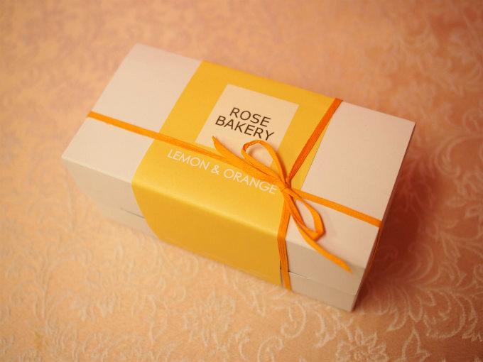 ローズベーカリーの「レモンオレンジパウンドケーキ」はパッケージも可愛いので手土産にもぴったり。