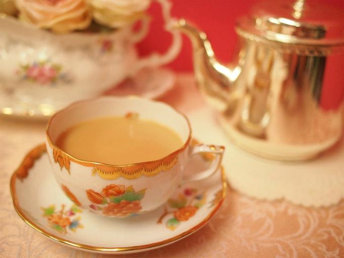 ニルギリはストレートでもミルクティーでも美味しくいただける紅茶です。