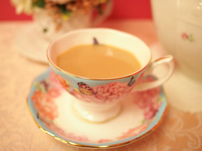 キャンディはストレートでもミルクティーでもどちらでも美味しく飲める紅茶です。