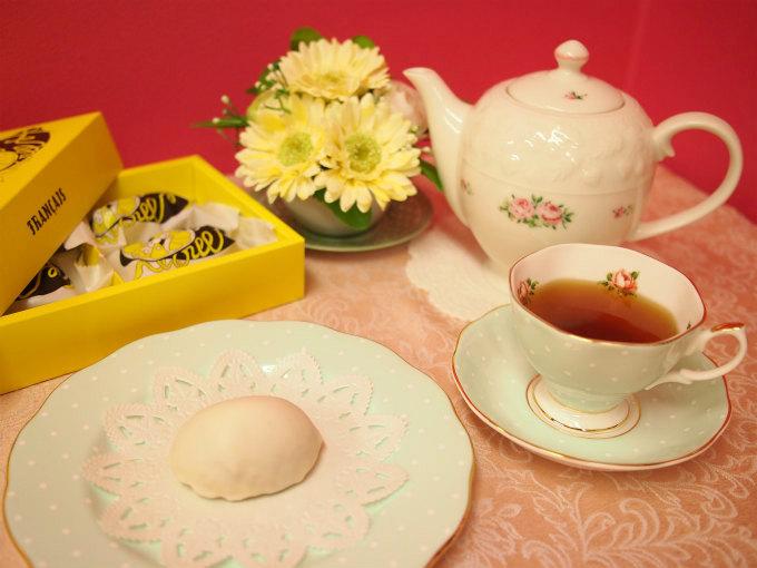 レモンショップby FRANÇAISのレモンケーキと紅茶