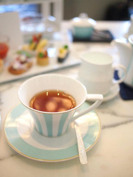 こちらはアッサム。アッサムとダージリンとウバとアールグレイはニューヨークのオーガニック紅茶ブランド「セレンディピティー」のものだそうです。