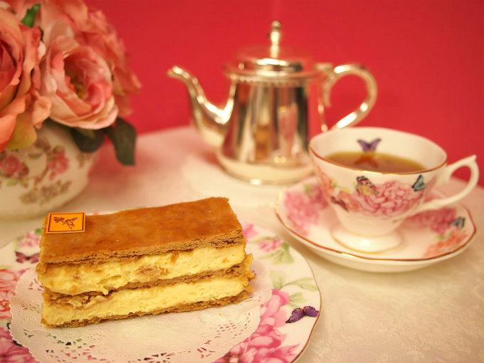 フレデリック・カッセルの「ミルフイユ・ヴァニーユ」と紅茶