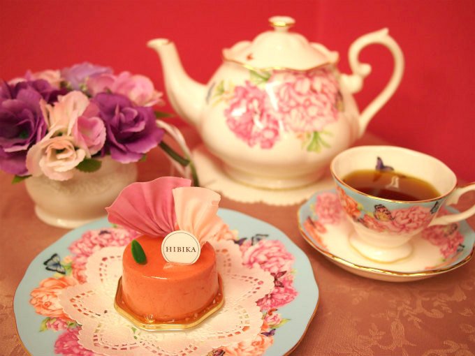 HIBIKA(ひびか)の夏のケーキ「朝顔」と紅茶