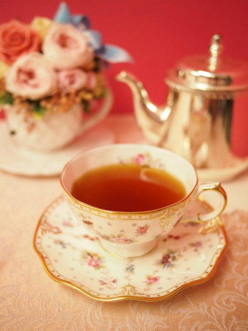 hugovictor pavlova_framboise tea01