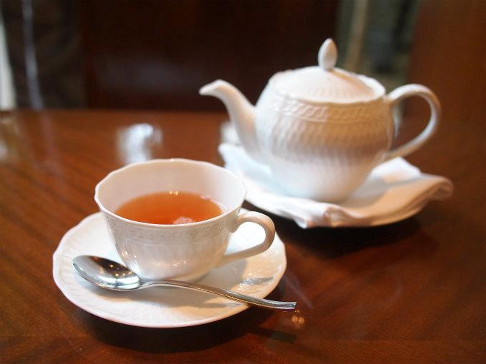 metropolitan crossdine afternoontea teaware