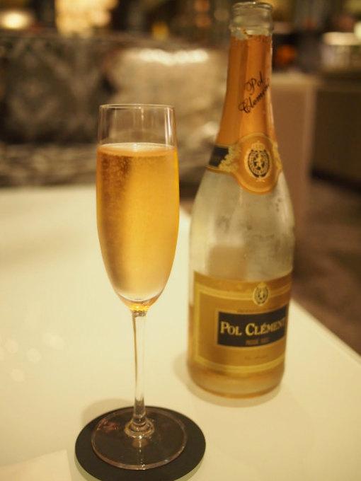 乾杯のスパークリングは「POL CLEMENT ROSE SEC(ポール・クレマン・ロゼ・セック)」でした。