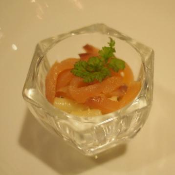 スモークサーモンのマカロニサラダ