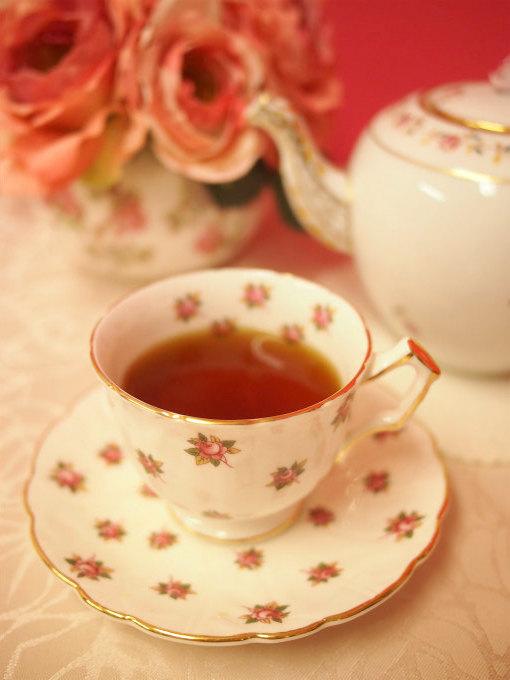 キャンディは水色(すいしょく)が綺麗な紅茶です。