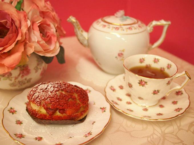 リベルターブルのシュークリーム「シューセゾン」と紅茶